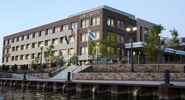 Tập Đoàn Dow Corning có trụ sở tại Midland, Michigan, Hoa Kỳ (USA)