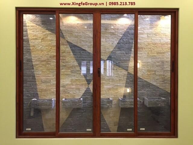 Mẫu cửa sổ mở trượt sử dụng thanh nhôm Xingfa hệ 93 bản nhỏ dày 2.0mm (nhôm Zhongkai mầu vân gỗ)