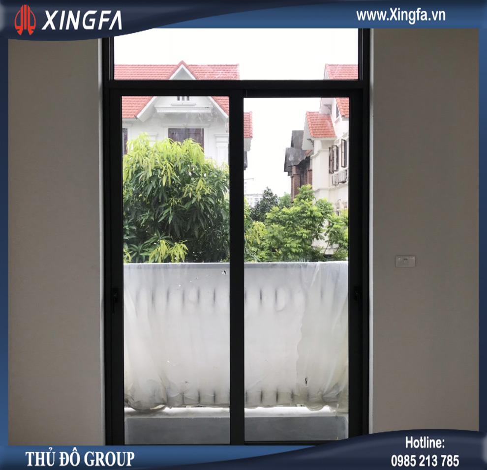 cửa đi nhôm xingfa
